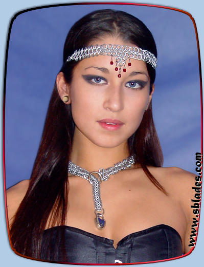 Amira chain mail headband shown w/Lock-et collar